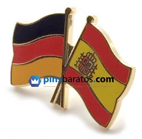 Pin de banderas cruzadas de España y Alemania.