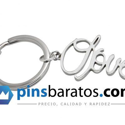 Llaveros en plata con su logo de empresa.