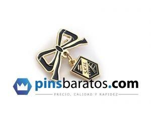 Pin personalizados de metal en dos piezas